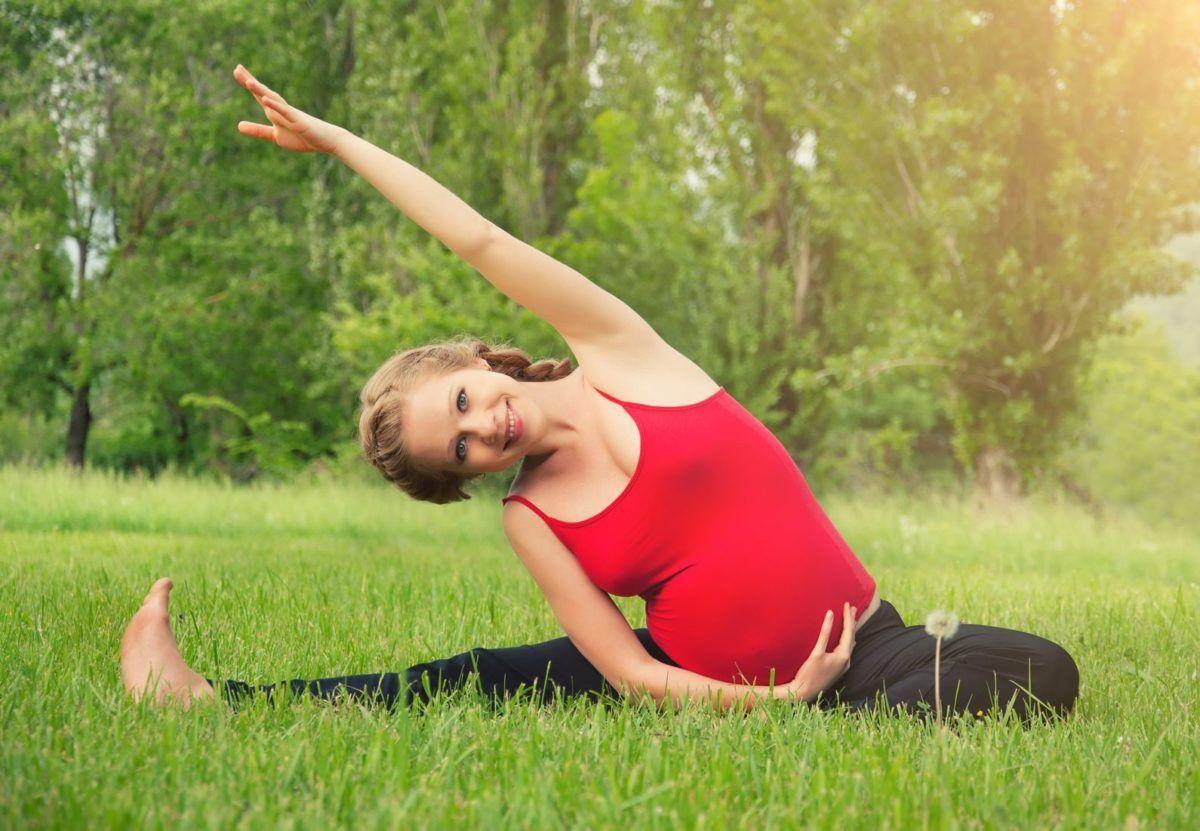 Yoga Prenatal En Suelo Firme