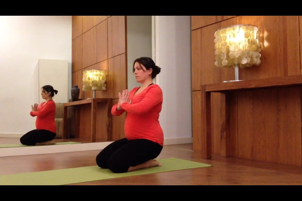 beneficios Yoga Prenatal