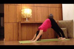Yoga suelo pelvico Adhomukha