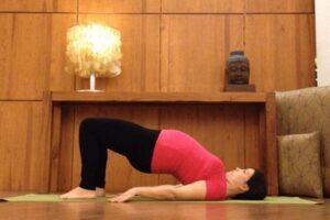 yoga suelo pelvico sethu-bandha